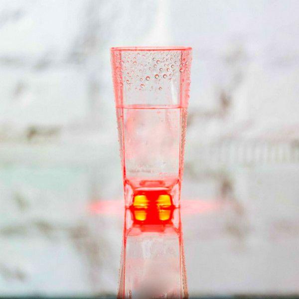 Стакан с подсветкой Inglasslight (Красный)Космос<br>Cтакан с подсветкой (Красный)<br>Размер: None; Объем: 250 мл.; Материал: Пищевой пластик; Цвет: Красный;
