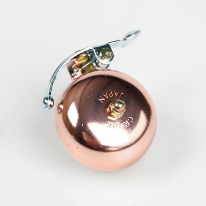 Звонок Crane Suzu CopperПодарки<br>Звонок японский, совсем не страшный.<br>Размер: None; Объем: None; Материал: Металл; Цвет: Золото;