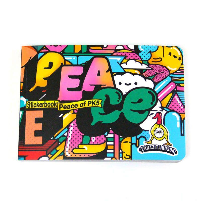 Стикербук Parazita kusok 5 - PeaceПодарки<br>Стикербук Parazitakusok 5 для самых современных из искусства.<br>Размер: А5; Объем: None; Материал: Плотная бумага с лакированным покрытием; Цвет: None;