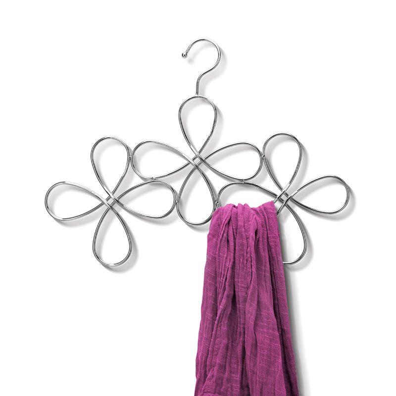 Вешалка для шарфов FleurИнтерьер<br>Вешалка для шарфов Fleur<br>Размер: 15 х 32 х 0.3 см.; Объем: None; Материал: Металл; Цвет: Серебро;
