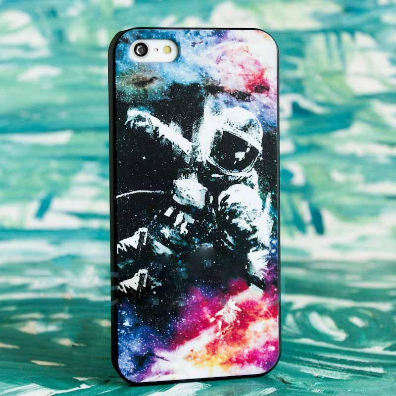 Чехол Космос (Космонавт) для iPhone 6/6SЧехлы для телефона<br>Актуальный дизайн для чехла смартфона.<br>Размер: None; Объем: None; Материал: Пластик; Цвет: Синий;