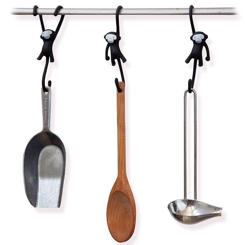 Кухонные крючки Just hanging 3 шт черныеКухня<br>Кухонные крючки Just hanging 3 шт черные<br>Размер: 4 х 5.5 х 12 см.; Объем: None; Материал: Резина, металл; Цвет: Черный;