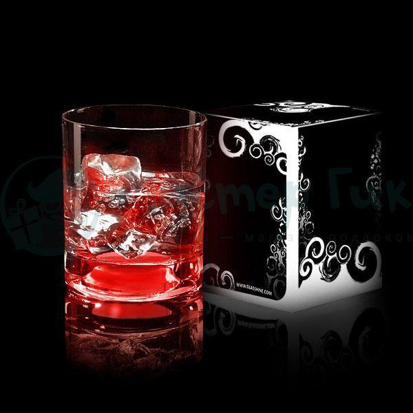 Светящийся бокал Glasshine shortdrink (Красный)Подарки<br>Утолщенное стекло бокала высокого качества на долгую память о празднике.<br>Размер: 150 мл; Объем: None; Материал: Стекло; Цвет: Красный;