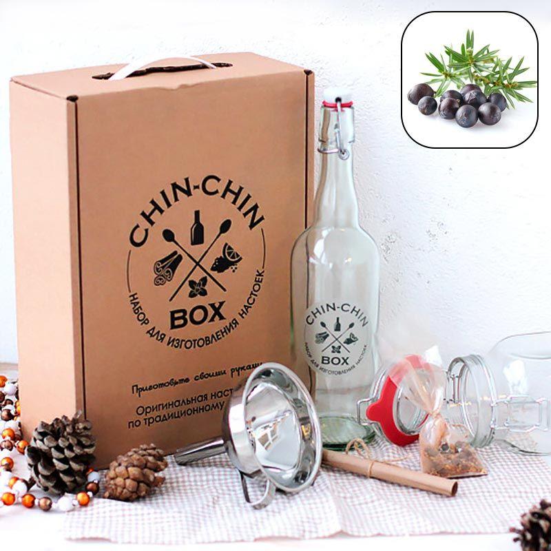 Набор для приготовления Chin-Chin Box - Джин домашнийПодарки<br>С таким подарком вы всегда будете желанным гостем. Приходите с ней к любому ценителю алкогольных напитков и наслаждайтесь комплиментами.<br>Размер: 33 х 25 х 10 см; Объем: None; Материал: Дерево, стекло, металл; Цвет: None;