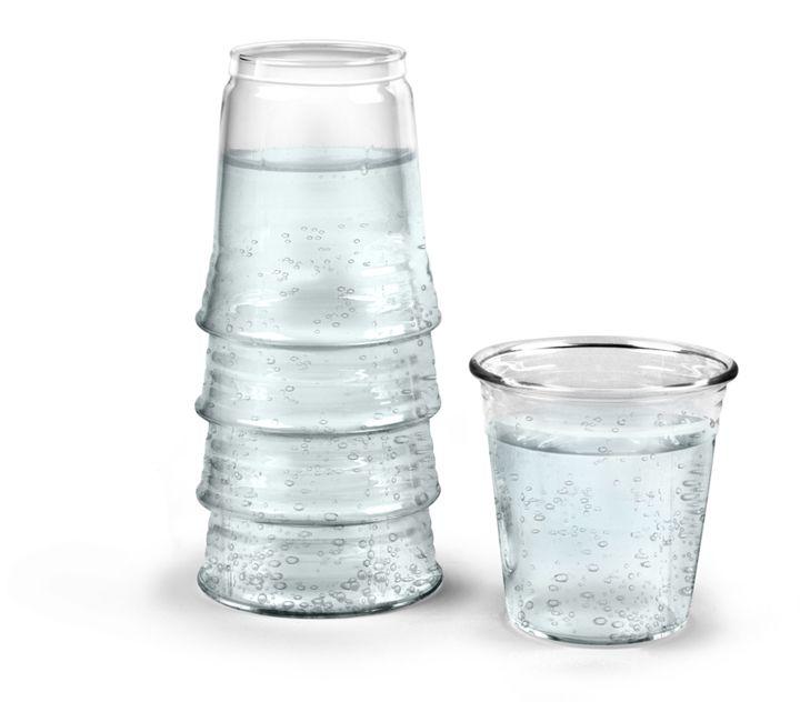 Графин со стаканом H2EAUКухня<br>Графин со стаканом H2EAU<br>Размер: 22 х 8 х 8 см.; Объем: 1.4 л.; Материал: Стекло; Цвет: None;