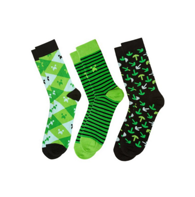 Носки Minecraft зеленые размер 41-46 MМужчине<br>Теплые и яркие носки подойдут вмес любителям компьютерных игр. В комплекте 3 пары.<br>Размер RU: 41, 42, 43, 44, 45, 46; Объем: None; Материал: 100% полиэстер; Цвет: Белый / Зеленый;