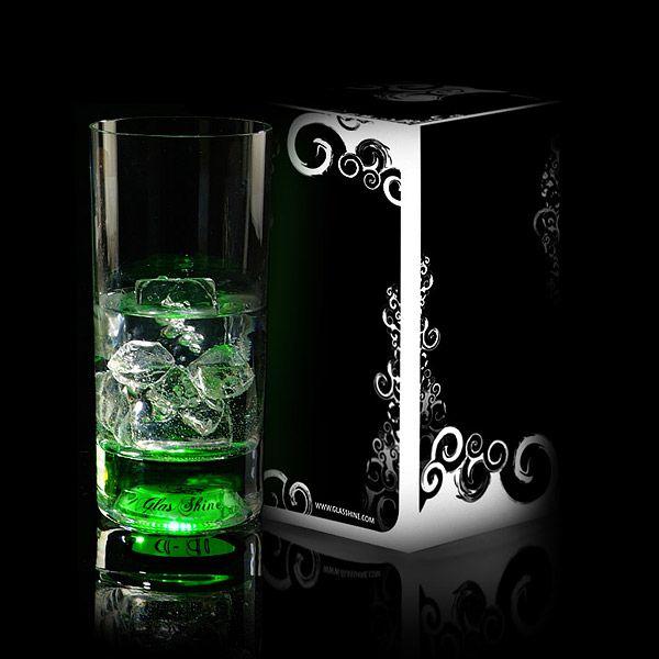 Светящийся бокал Longdrink GlasShine (Зеленый)Подарки<br>Зеленый свет на все вечеринки ваших друзей!<br>Размер: 350 мл; Объем: None; Материал: Стекло; Цвет: Зеленый;
