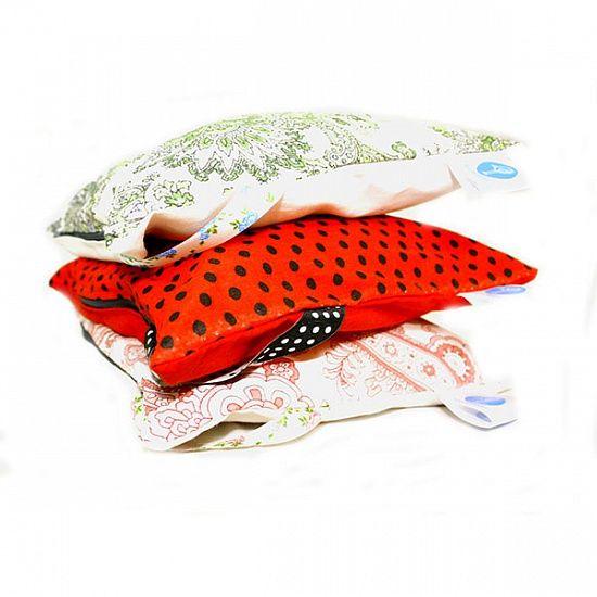 Подушка - Саше (лаванда)Подарки<br>Лавандовый запах в вашей спальне.<br>Размер: 25 х 5 х 25 см; Объем: None; Материал: Текстиль; Цвет: Красный;
