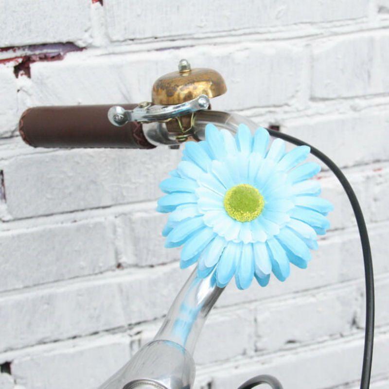 Украшение на руль велосипеда Цветок СинийДля велосипеда<br>Прекрасный подарок для всех обладателей железного друга.<br>Размер: 10 см; Объем: None; Материал: Текстиль; Цвет: Синий;
