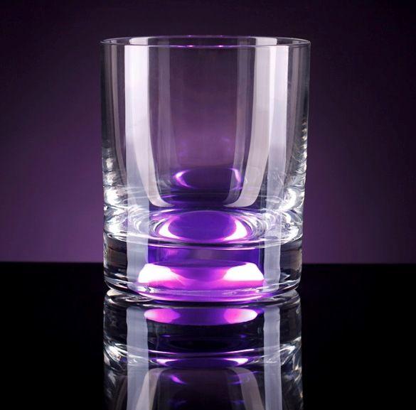 Светящийся бокал Glasshine shortdrink (Фиолетовый)Подарки<br>Утолщенное стекло бокала высокого качества на долгую память о празднике.<br>Размер: 150 мл; Объем: None; Материал: Стекло; Цвет: Фиолетовый;
