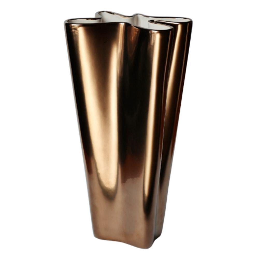 Ваза Мотылек от EsseНеобычные вазы<br>Ваза Мотылек<br>Размер: 14 х 9 х 30 см.; Объем: None; Материал: Керамика; Цвет: Золото;