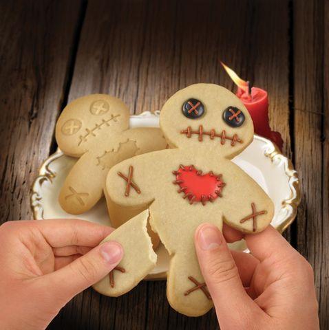 Форма для печенья Cursed CookiesВыпечка<br>Страшила, но очень вкусный.<br>Размер: 11 х 5 х 1.5 см.; Объем: None; Материал: Плотный пищевой пластик; Цвет: Бежевый;