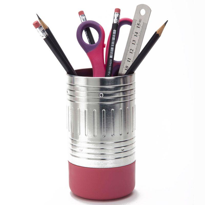 Подставка для ручек Pencil end розоваяПодарки<br>Подставка для ручек в виде карандаша.<br>Размер: 7 х 14 х 7 см; Объем: None; Материал: Пластик, металл; Цвет: None;