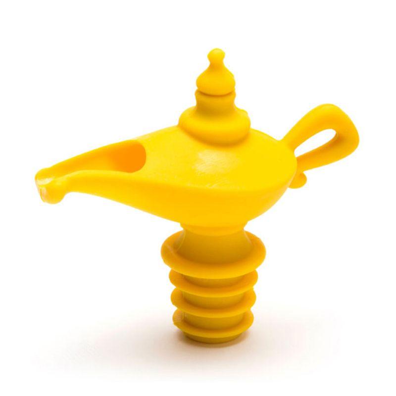 Резиновая пробка для бутылок OiladdinПодарки<br>Если вы нажмете на эту пробку, то содержимое вытечет наружу вместе с волшебником. Не забудьте загадать три желания.<br>Размер: 4,2 х 9 х 8,2 см; Объем: None; Материал: Силикон; Цвет: Желтый;