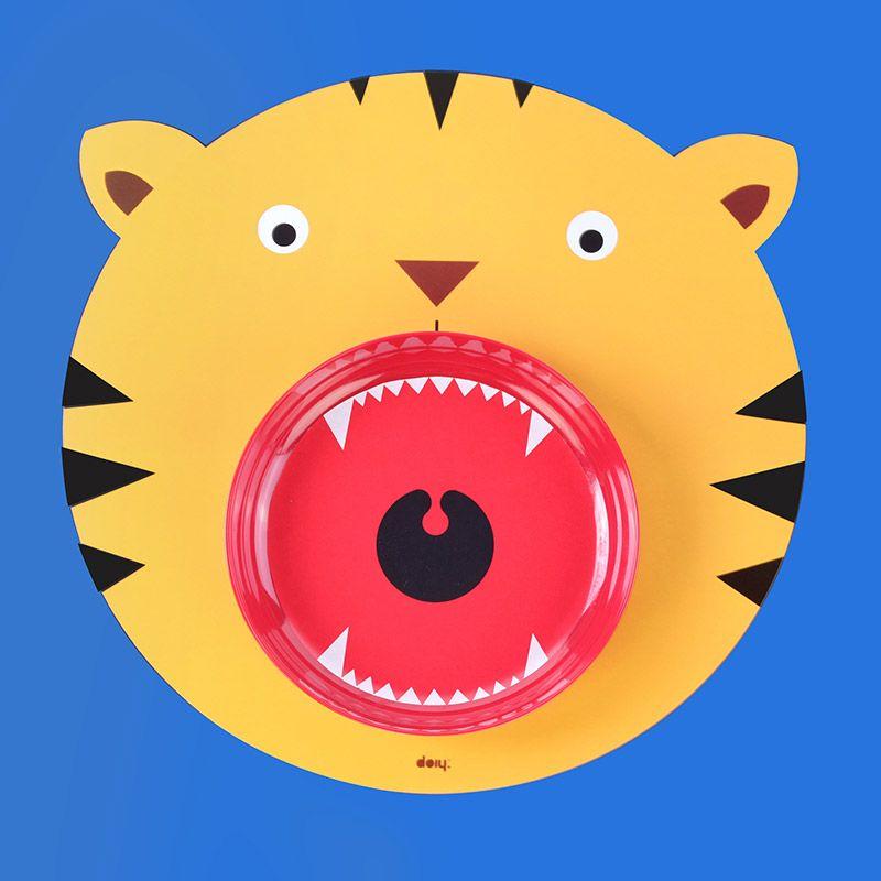 Коврик+миска Hungry tigerПодарки<br>Коврик+миска Hungry tiger<br>Размер: 35 х 3.5 х 35 см.; Объем: None; Материал: Полипропилен, меламин; Цвет: Желтый;