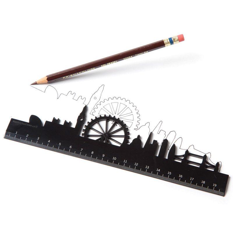 Линейка фигурная LondonМужчине<br>Линейка фигурная London<br>Размер: 20 х 3 х 0.4 см; Объем: None; Материал: Пластик ABS, акрил; Цвет: Черный;