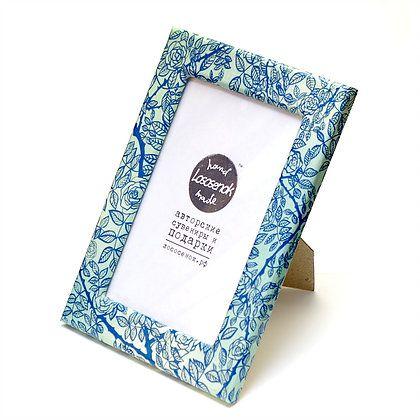 Авторская фоторамка РозыДля фотографий<br>Розы на красивой рамке.<br>Размер: 14 х 19 х 1 см; Объем: None; Материал: Дерево, стекло, металл; Цвет: Комбинированный;