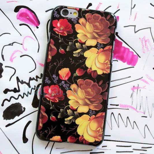Чехол Жостово для iPhone 7 (Классика)Чехлы для телефона<br>Самый традиционный российский дизайн для обладателя смартфона.<br>Размер: None; Объем: None; Материал: Пластик; Цвет: Черный / Красный;