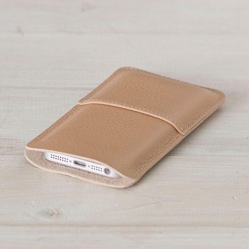 "Кожаный чехол для iPhone ""Walster"" (Модификация: iPhone 4/4s, Цвет • Бежевый)"