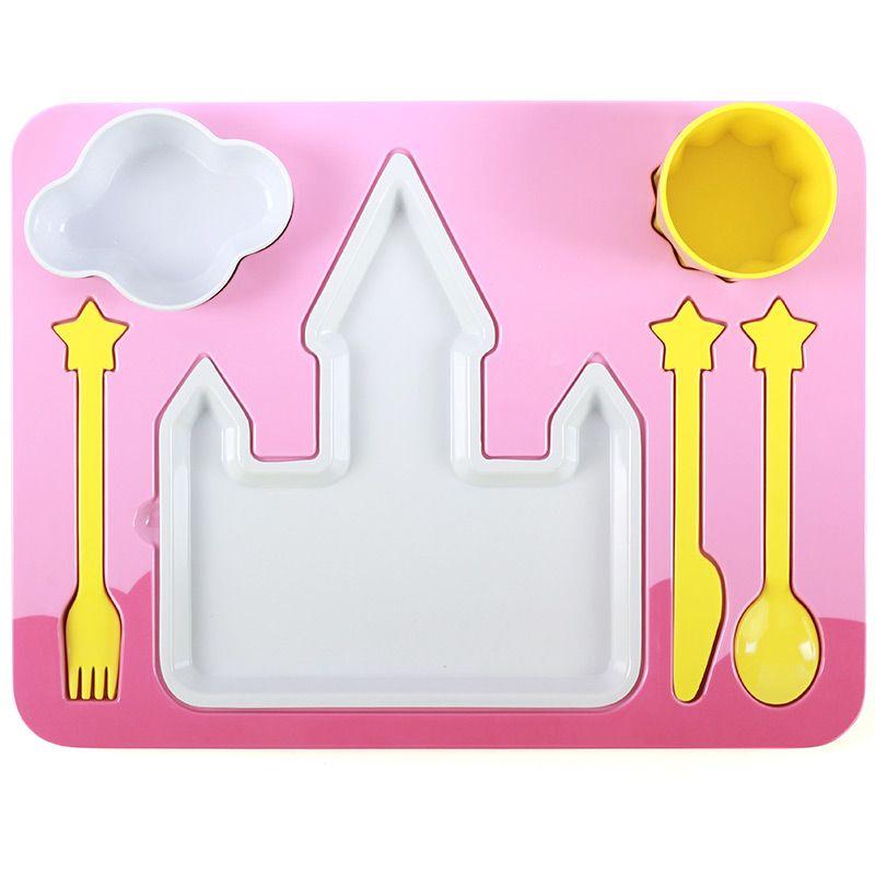 Поднос-сервиз для ребенка PrincessПодарки<br>Поднос-сервиз для девочки с белоснежным замком.<br>Размер: 27 х 37 х 8.5 см; Объем: None; Материал: Пищевой пластик; Цвет: Белый / Розовый;