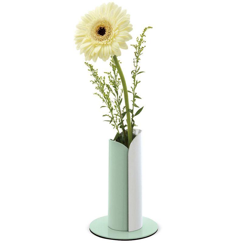 Ваза Tula хромНеобычные вазы<br>Изящное украшение любого интерьера.<br>Размер: 16.5 x 10 x 10 см; Объем: 145 мл; Материал: Металл; Цвет: Серебристый;