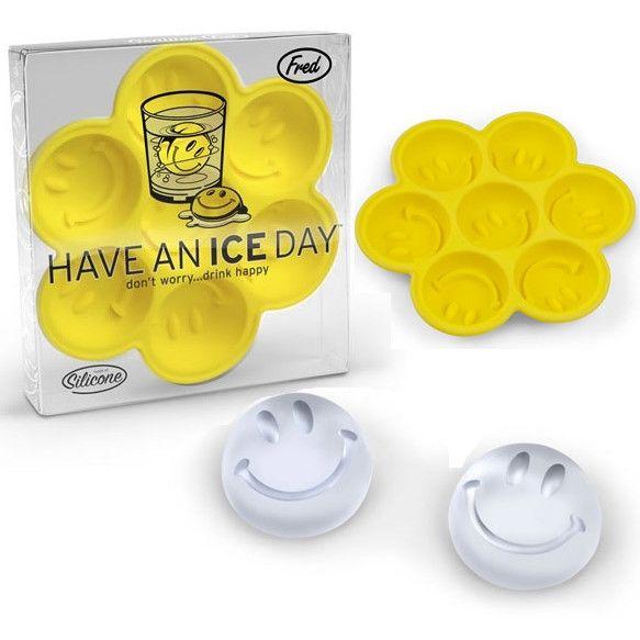 Форма для льда Have an ice dayКухня<br>Форма для льда с улыбкой.<br>Размер: 14 х 15,2 см; Объем: None; Материал: Силикон; Цвет: Желтый;
