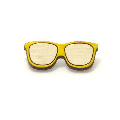 Значок Очки желтыеПодарки<br>Деревянный значок, ручная роспись и удивительно милый дизайн.<br>Размер: 10 х 15 см; Объем: None; Материал: Дерево; Цвет: Желтый;