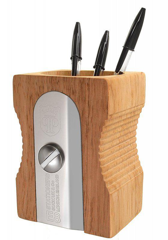 Органайзер для рабочего стола Sharpener бежевыйОрганайзеры<br>Карандашница Точилка (Desk Tidy)<br>Размер: 8.5 х 8.5 х 12 см.; Объем: None; Материал: Металл, дерево; Цвет: None;
