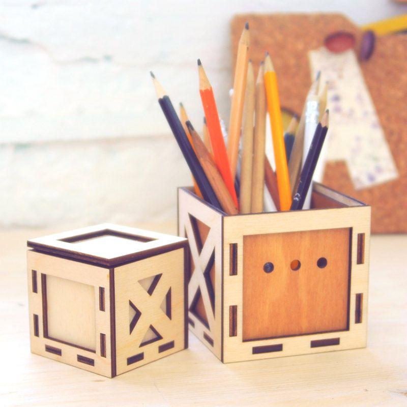 Подарок-конструктор Ящик в ящикеПодарки<br>Подарок-конструктор Ящик в ящике<br>Размер: 11 x 11 x 11 см.; Объем: None; Материал: Дерево; Цвет: None;